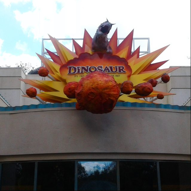 Dinoaur - Atracciones Animal Kingdom - The Magic Channel Blog